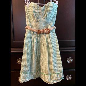 Seersucker strapless dress!